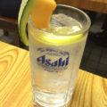 神田「鶴亀」メロン付きの酎ハイ280円にニヤける!安ウマで味わい深い大衆居酒屋